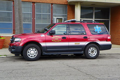 Detroit FD_1061 (pluto665) Tags: suv dfd ems emergency medical service fd