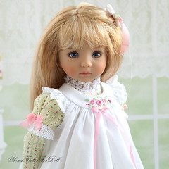 AlenaTailorForDoll-007 (AlenaTailorForDoll) Tags: alenatailor alenatailorfordoll diannaeffner doll dressfordoll littledarling