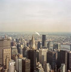 NYC Kodak Portra 400 (Luiz L.) Tags: vermelho
