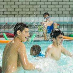 Zwemimpuls OBS Ravestein (bewegingspleinwestduin) Tags: westduinzslzwemzwemmen sportimpulsprojectvlissingenaaneninhetwater vandixhoornreddingsbrigade de zeeuwse kust gemeente vlissingen bewegingspleinwestduin zsl
