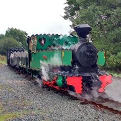 Do Not Adjust Your Set (Tanllan) Tags: wllr welshpool llanfair light railway wales heritage tourist railroad steam train gimp artistic waves bagnall superb