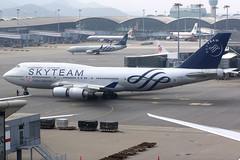 China Airlines   Boeing 747-400   B-18211   Skyteam livery   Hong Kong International (Dennis HKG) Tags: chinaairlines dynasty taiwan cal ci aircraft airplane airport plane planespotting skyteam canon 7d 70200 hongkong cheklapkok vhhh hkg boeing 747 747400 boeing747 boeing747400 b18211