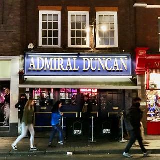 Admiral Duncan - y dafarn a fomiwyd / the pub which was bombed