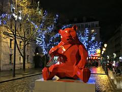2017 Paris- St Germain Red Panda (dominotic) Tags: 2017 christmasmarket redpandasculpture artwork saintgermaindespres parischristmas winterparis iphone6 paris france europe
