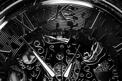 montre (pj lens) Tags: time modern temps tac tic tictac aiguille chaine montre horloge heure bleu blanc noir bronze or gousset engrenage 105mm sigma canon 550d macro