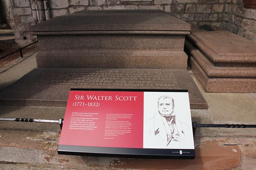 Sir Walter Scott's tomb (1)