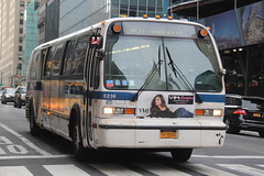 IMG_4836 (GojiMet86) Tags: mta nyc new york city bus buses 1999 t80206 rts 5237 m50 42nd street vanderbilt avenue
