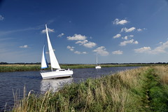 Tacking (Worthing Wanderer) Tags: norfolk summer sunny cloudy water boats farmland august bure broads pathfinderguides path