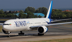 9K-AOJ (Ken Meegan) Tags: 9kaoj boeing 777300er 62567 kuwaitairways istanbulataturk 472017 kuwait istanbul ataturk boeing777 777300 777 b777 b777300 b777300er