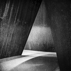 "Inside ""Sequence"" #2 (robert schneider (rolopix)) Tags: richardserra sculpture sfmoma ca sanfrancisco bw blackandwhite film 120620 120film rolleiflex instagram ifttt"