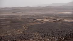 _..wo es nur noch auf Piste wetergeht, entlang der Algerischen Grenze (1 von 1) (Piefke La Belle) Tags: kef aziza morocco marokko moroc ouarzazate mhamid zagora french foreign legion fort tazzougerte morokko desert sahara nomade berber adveture gara medouar foum channa erg chebbi chegaga erfoud rissani ouarzarzate border aleria 4x4 allrad syncro filmstudios antiatlas magreb thouareg