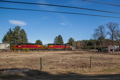 6000 HP vs 2 HP.... (Darryl Rule's Photography) Tags: 2018 branch dcr delaware delmarvacenrtral diesel diesels emd freight freightcar freighttrain freighttrains ha1 interchange january ns norfolksouthern pc prr penncentral pennsy pennsylvaniarailroad railroad railroads sd403 shortline sun sunny traintrains winter