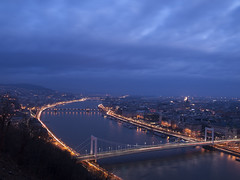 P2019019 (Dreamaxjoe) Tags: budapest napfelkelte sunrise