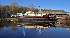 border star (midcheshireman) Tags: boat river weaver northwich cheshire borderstar