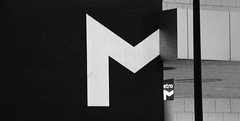 Metro (Arnaud Gabriel) Tags: lisboa lisbonne portugal nb metro graphic paysagiste ensp voyage city ville explore