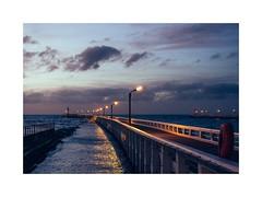 Nieuwpoort (gerritdevinck) Tags: pier staketsel nieuwpoortbad sea northsea belgiumcoast belgium fujifilmbelgium fujifilmxseries fujifilmseries fujifilm fujifilmxpro2 xpro2 seaview westvlaanderen westkust gerritdevinckfotografie gerritdevinck noordzee evening nightphotography night landschap landscape