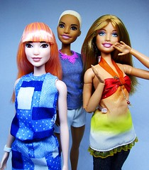 Summer, where are you? (Nickolas Hananniah) Tags: barbie barbiedoll barbiefashionistas summer blonde asian denim fashion dashion doll model 2017 trio collectabledoll bangs shorthair redhead ginger smile studio madetomovebarbie made move fashionfeverbarbiedoll green eyes toy