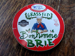 Bonhomme Brie (knightbefore_99) Tags: bonhomme brie cheese fromage queso round grass fed isigny france french normandy tasty rind box red green