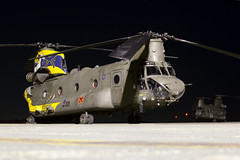 ZH777_ChinookHC4_RoyalAirForce_ODI (Tony Osborne - Rotorfocus) Tags: boeing ch47 chinook hc4 royal air force joint helicopter command raf jhc 2018 odiham nighttime
