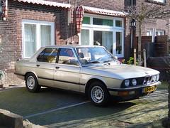 BMW 525i (02 06 1984) (brizeehenri) Tags: bmw 525 1984 ld91rf rotterdam heijplaat