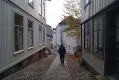 Quiet street... (ak-bents) Tags: street tvedestrand trehus