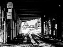 graffiti world (photosgabrielle) Tags: photosgabrielle montreal bwphotography streetphotography noiretblanc urban urbain ville city winter snow hiver