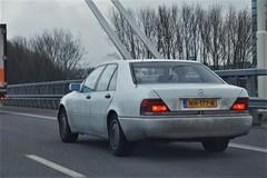 1993 Mercedes-Benz 300 SE 2.8 (NielsdeWit) Tags: nielsdewit car driving white youngtimer nh177r mercedesbenz mercedes w140 300se 300 se s280 s 280 28
