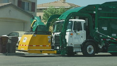 Brand New WM McNeilus Curotto Can's in SoCal (WesternWasteManagement) Tags: waste management westernwastemanagement mcneilus curotto can autocar acx return socal garbage refuse truck