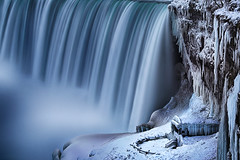 The Powers of Nature (lfeng1014) Tags: thepowersofnature powers nature niagarafalls horseshoefalls journeybehindthefalls ontario canada waterfalls winterwonderland winter frozen landscape canon5dmarkiii 70200mmf28lisii longexposure leefilters 25seconds lifeng frigidwinter