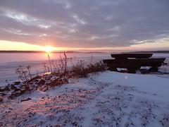 Morning light (evisdotter) Tags: sunrise morning light winter landscape snow snö nature sooc sun sunny reflections nabben mariehamn