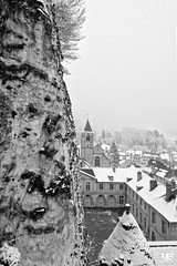 le château DxOFP KtriX400 XT2 DSCF1069 (mich53 - thank you for your comments and 5M view) Tags: monochrome noirblanc blackwhite neige xt2 xf1655mmf28rlmwr larocheguyon valdoise château smow brume snow mist town schnee nebel dorf hiver saisons 4winter
