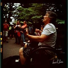 102 (louis.r.zurn) Tags: hasselblad500cm hasselblad 500cm 6x6 120 film 120film newyorkcity zeissdistagon zeiss50mmc zeiss50mmdistagon filmphotography streetphotography nycphotography newyorkcityfilmphotography fujifilm fujiprovia400x provia provia400x slidefilm colorpositivefilm