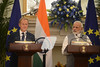 President Tusk at the EU-India Summit In Delhi (europeancouncilpresident) Tags: newdelhi india ind european union eu summit euindia donald tusk jeanclaude juncker