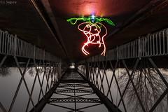 Otro punto de vista (AKA Tantas luces me han mareado...) [IN EXPLORE] (Yorch Seif) Tags: titulcia puente noche night nocturna nocturnal largaexposicion longexposure lightpainting