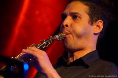 Mehdi Chaïb: sax, perc (jazzfoto.at) Tags: wwwjazzfotoat wwwjazzitat jazzitsalzburg jazzitmusikclubsalzburg jazzitmusikclub jazzfoto jazzphoto markuslackinger jazzinsalzburg jazzclubsalzburg jazzkellersalzburg jazzclub jazzkeller jazzit2018 jazz jazzsalzburg jazzlive livejazz konzertfoto concertphoto liveinconcert stagephoto greatjazzvenue downbeatgreatjazzvenue salzburg salisburgo salzbourg salzburgo austria autriche blitzlos ohneblitz noflash withoutflash sony sonyalpha sonyalpha77ii alpha77ii sonya77m2 portrait retrato portret concert konzert concerto concierto a77m2