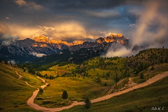 The Glow After Sunset (Celia W Zhen) Tags: red italy dolomites mountain sunset glow grass nature landscape tourism travel field cloud celiawzhen celiawzhenphotography workshop italydolomitesonfieldphotoworkshop