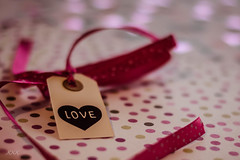 Today my heart is like my aperture ... wide open!! (babs van beieren) Tags: 7dwf crazytuesday tag ribbon bokeh love heart dots confetti happybirthday7dwf
