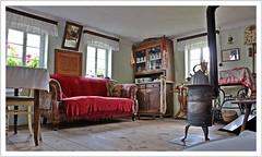 Oma´s gute Stube (https://www.norbert-kaiser-foto.de/) Tags: museum reitzendorf kleinbauernmuseum dresden sachsen saxony stube wohnzimmer wohnstube ofen couch schönfelderhochland