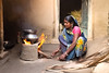 Un foyer...The fire . Navadhi India (geolis06) Tags: geolis06 asia asie inde india bihar navadhi village portrait street rue famille olympuspenf olympusm1240mmf28anujfamille inde2017 foyer home maison traditionnelle traditional feu tradition fire kitchen cuisine