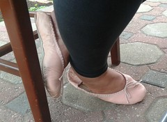 Gigi - (5834) (Duke of Slippers) Tags: ballet slippers shoes flats pumps footwear fetish slipperettes scarpe soft soles ballerinas ballines pantoufles pantofole