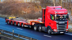 ELE 8W32 (panmanstan) Tags: scania s500 ng wagon truck lorry commercial lowloader freight transport haulage vehicle a63 southcave yorkshire