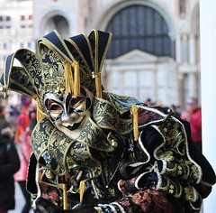 Carnival of Venice, Italy IMG_20180222_170027 (tango-) Tags: venezia venice venedig italien italie italia italy carnevalvonvenedig masken mask maschere carnevaledivenezia venicecarnival costume persone 2018