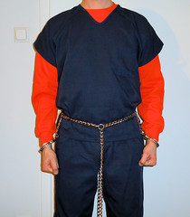 transport restraints (rainerzufall1234) Tags: inmate shackles handcuffs prisoner bellychain