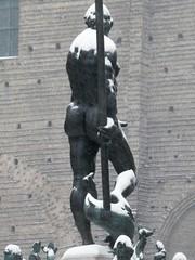 The famous finger of Neptune under the snow (magellano) Tags: italia italy nettuno neptune scultura sculpture statua statue neve dito finger bologna fontana fountain snow