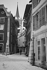 Veille-ville de Bienne (Moymoy117) Tags: a99m2 sony sonyflickraward samyang 35mm f14 bern bienne biel street stadt ville workshop