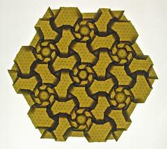 Rhombus Wheels (Rueda de rombos) (mganans) Tags: origami tessellation