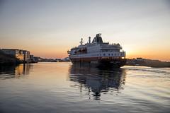 Coastal liner Ms Kong Harald (G E Nilsen) Tags: hurtigruten brønnøy brønnøysund norway nordnorge nordland northernnorway northennorway norwegiancoast winter building sunset boat sea water ship vessel sky