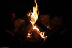 Stranger warming hands at fire. (LamiaDeTenebris) Tags: feuer fire hand hands hände אש ידיים holz wood orange stones steine