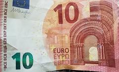 Money For Nothing (Been Around) Tags: moneyfornothing geld money 10eurobanknote banknote 10euro zehneuro oberösterreich upperaustria österreich schein austria eu europe europa expressyourselfaward europeanunion geldschein euro