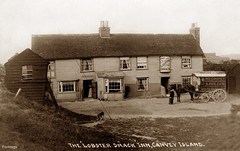 The Lobster Smack, Canvey Island (footstepsphotos) Tags: lobstersmack inn pub canvey island essex weatherboard building indcoope waggon wagon people old horsedrawn vintage postcard past historic holden